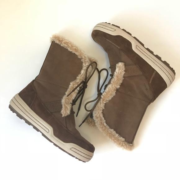 ecco ladies snow boots